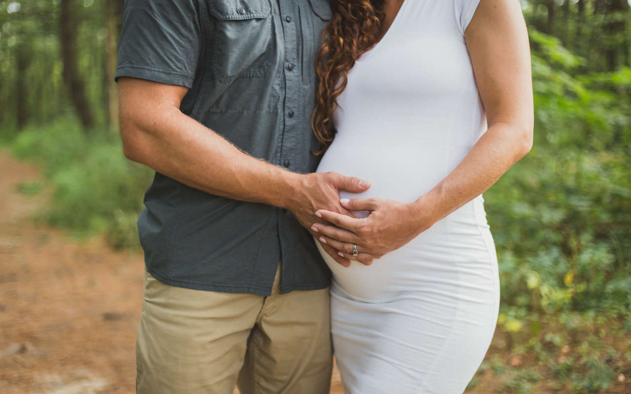 Tout savoir sur les vêtements de maternité